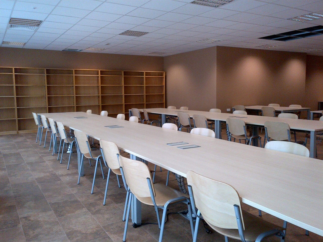 Biblioteca-milladoiro-04